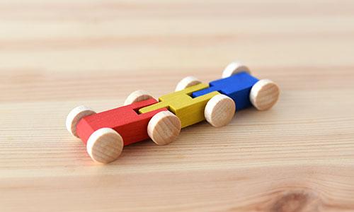 クネクネバーンの2両車(カラー)