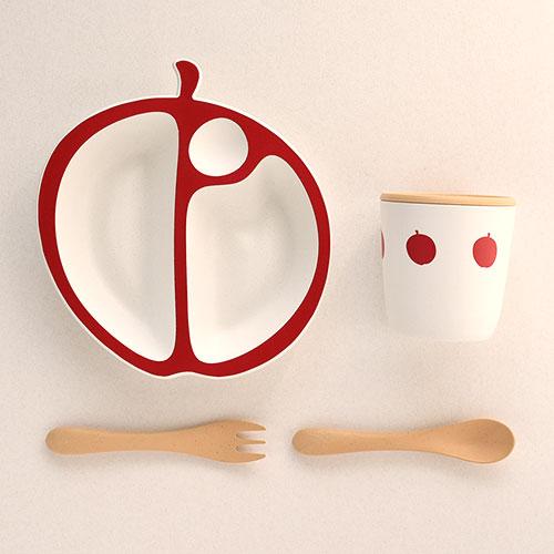 りんごの形をしたキュートな食器セット|ベビー食器セット MELA/MastroGeppetto