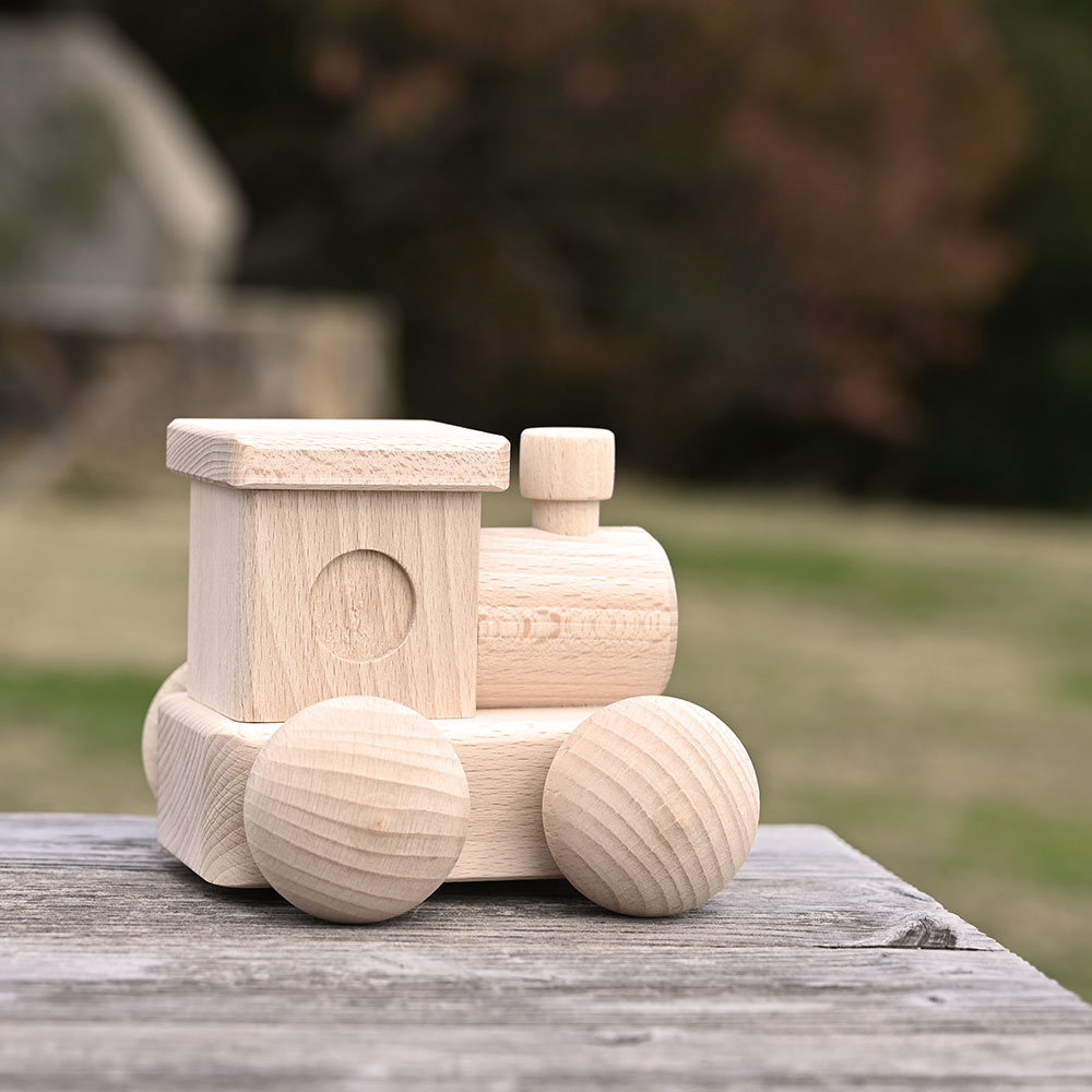 音と動きを楽しむ木のおもちゃ|森のメロディーロコ/MOCCO