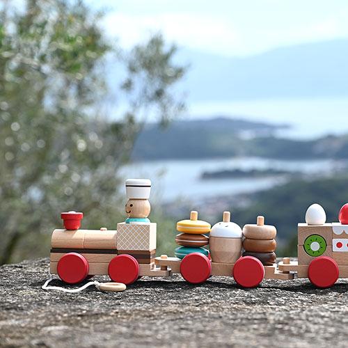「わくわく」が詰まった知育玩具|おやつ列車byパティシエ/エドインター
